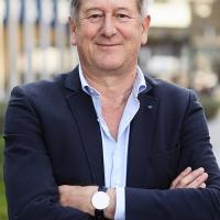 Peter van den Hazel